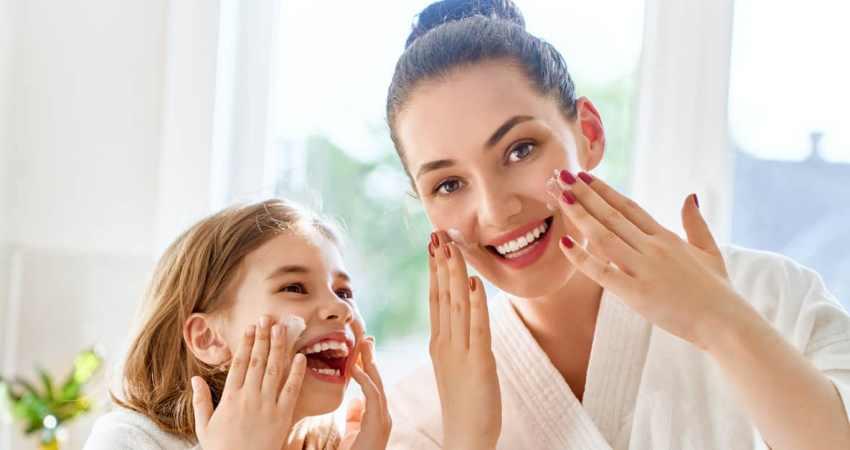 Perawatan Kulit Apa yang Dibutuhkan Anak-Anak? 3 Tips Untuk Orang Tua